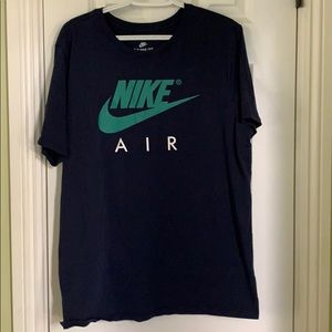 Nike Air t-shirt color navy blue with green logo